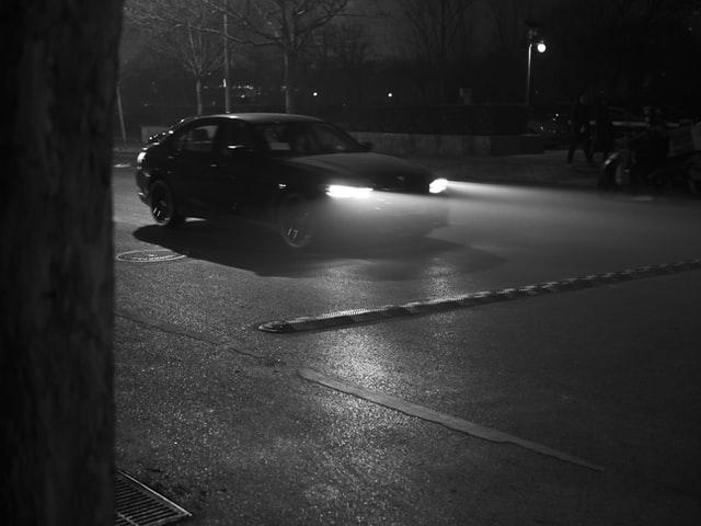 ustawianie świateł w samochodzie