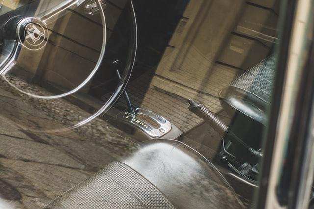 Automatyczna i manualna skrzynia biegów
